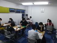 普段の授業風景。みんな懸命に勉強しています。の画像